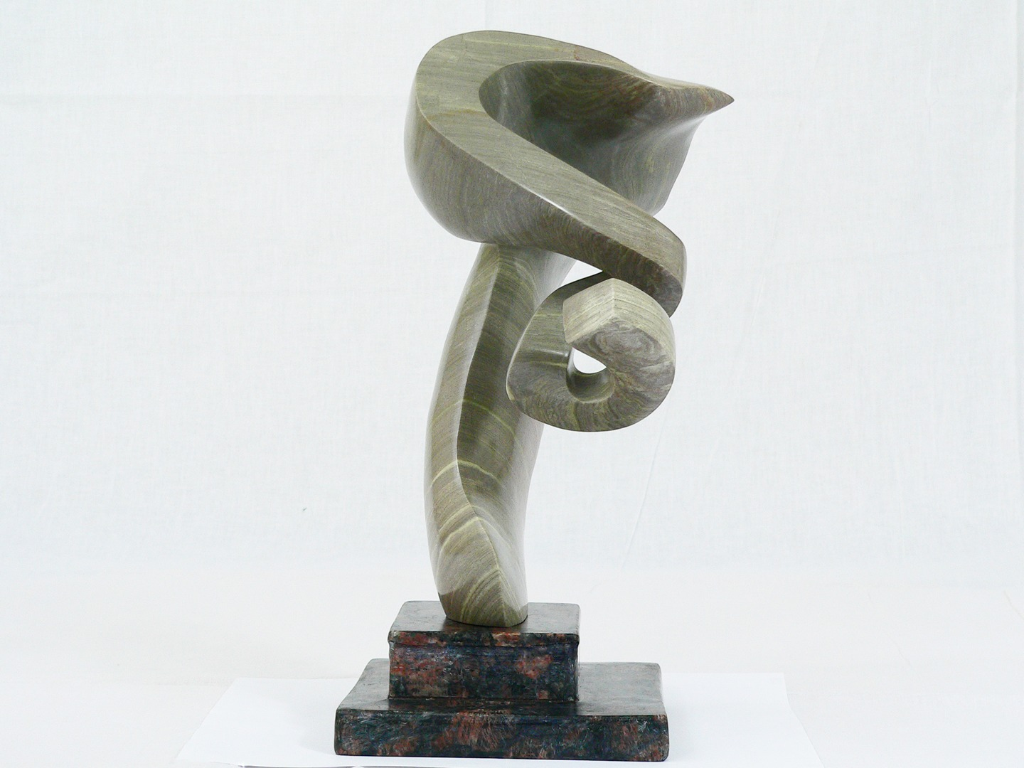 handcrafted sculpture by mildred gil parada