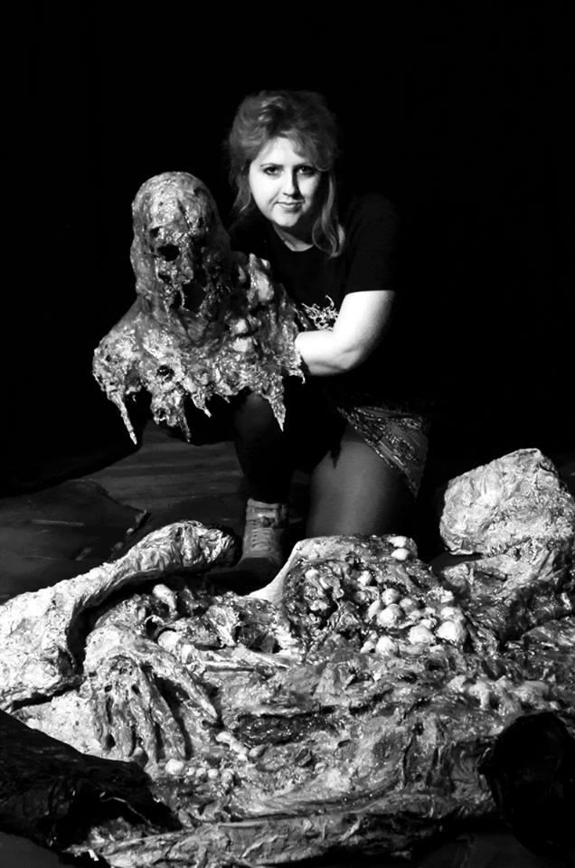 Cassandra-Sechler-Portrait-Skeleton